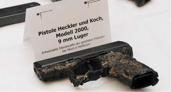 p2000_auf_pressekonferenz